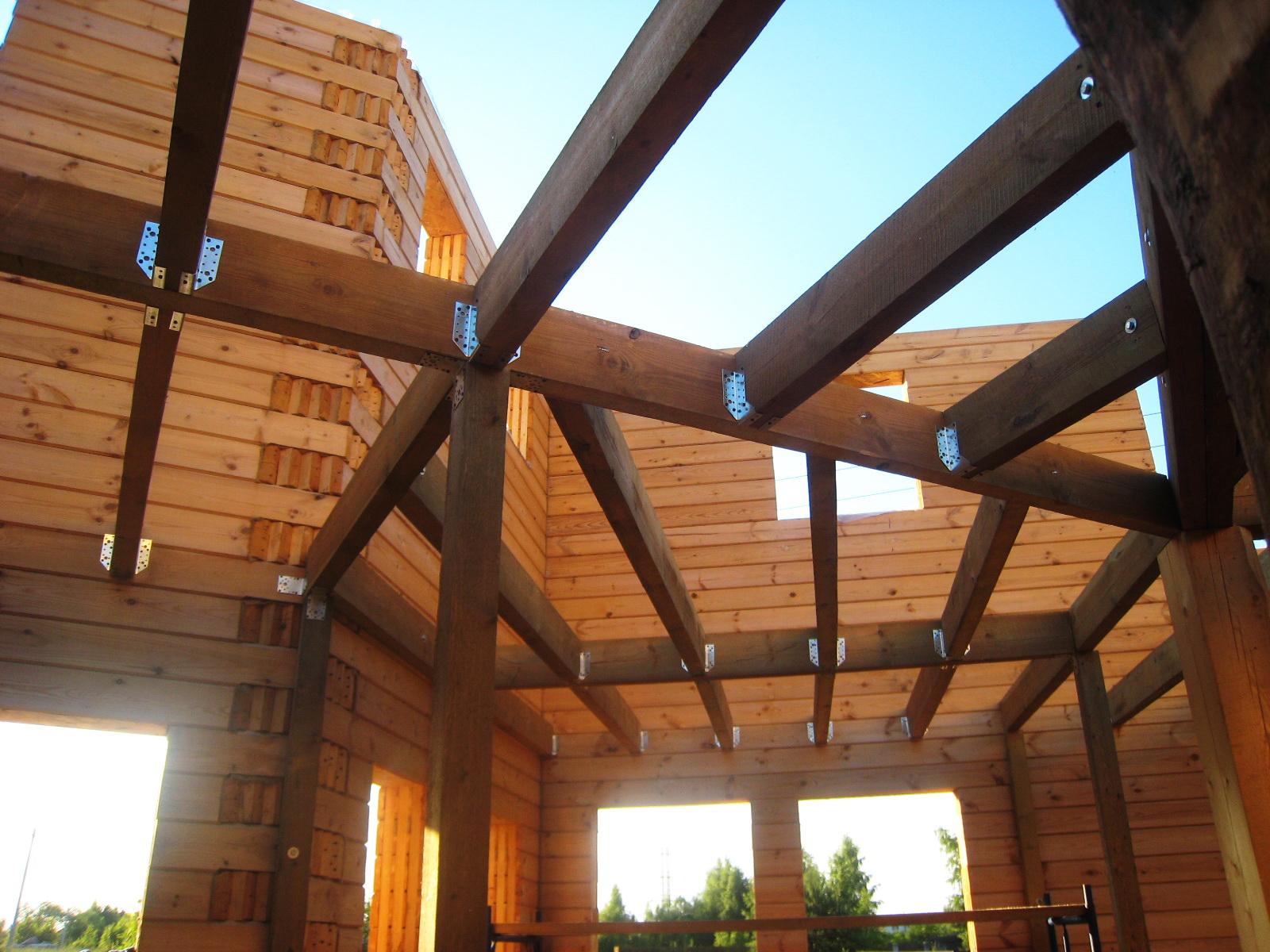 Чем отделать потолок в частном доме своими руками