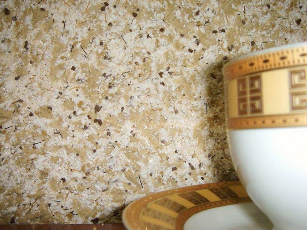 каменная крошка и древесные волокна