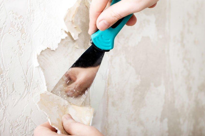 снятие обоев со стен шпателем