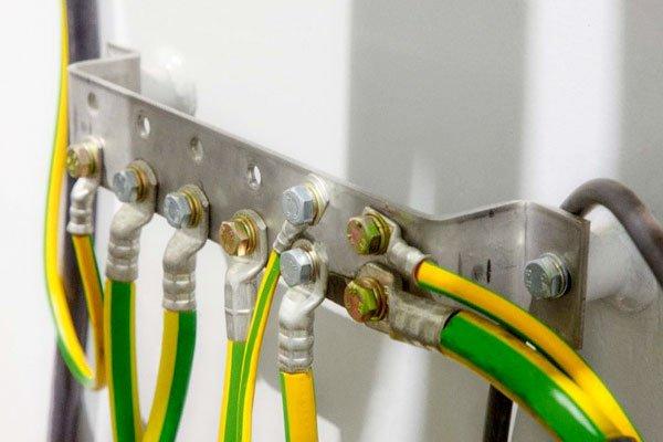 заземляющие провода