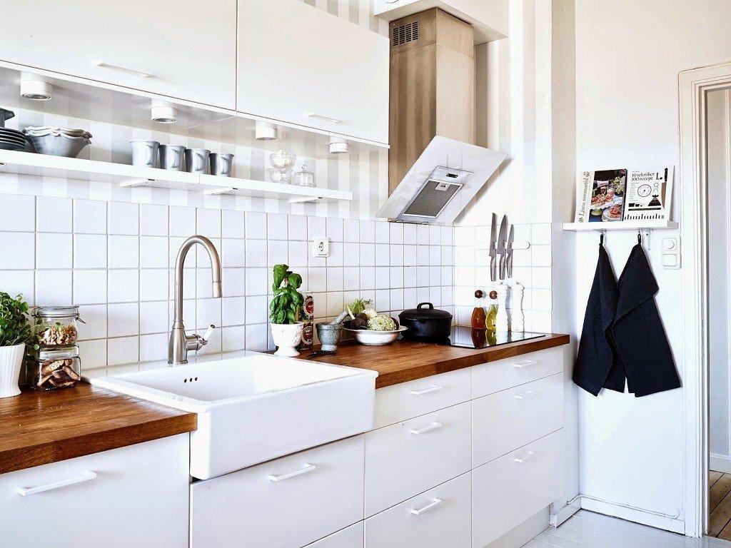 белый кафель на кухне