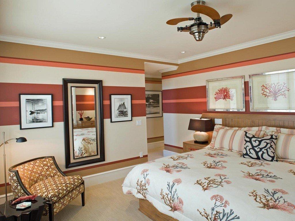 горизонтальные полосы в интерьере спальни