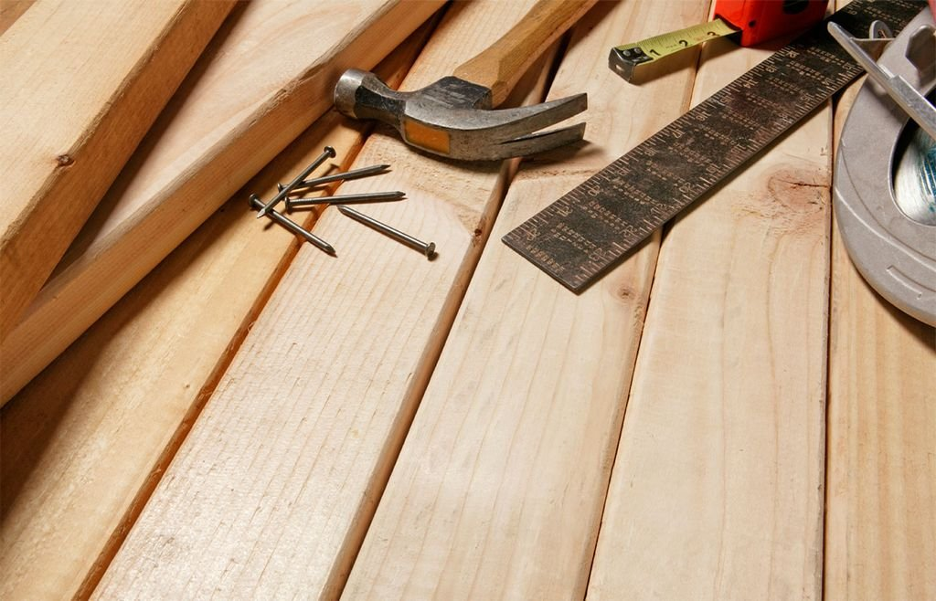 инструменты для укрепления деревянных лаг