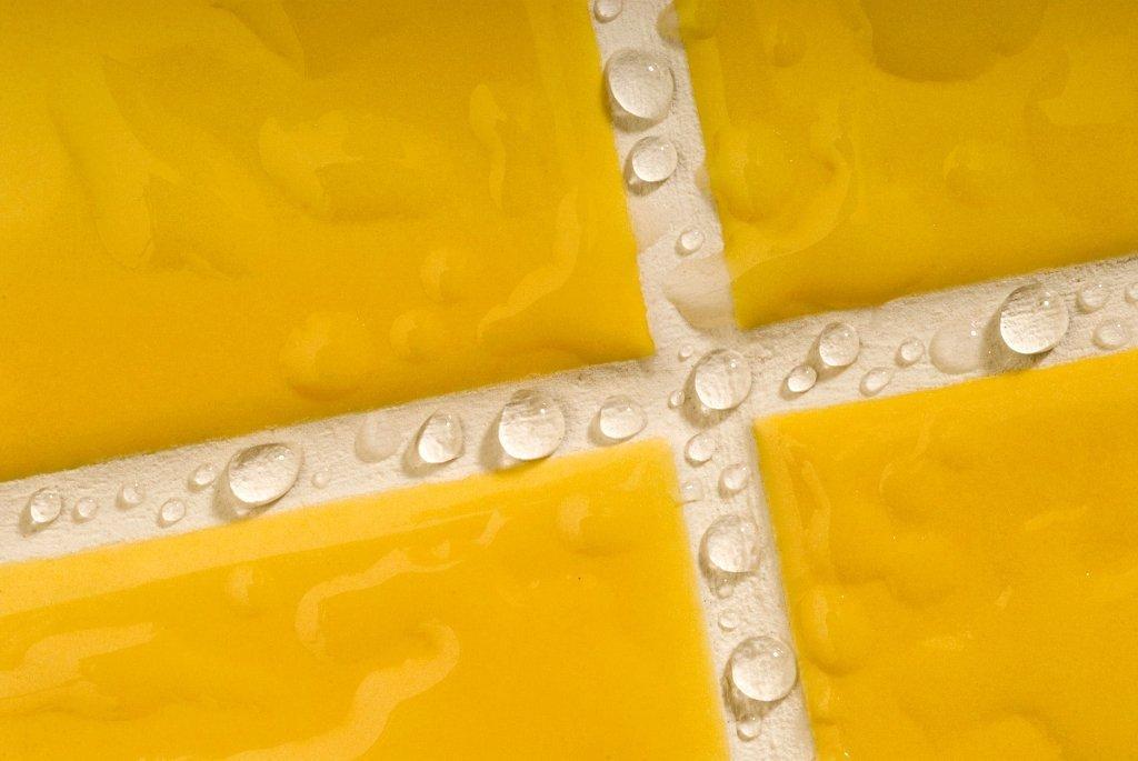 водонепроницаемый лак для межплиточных швов