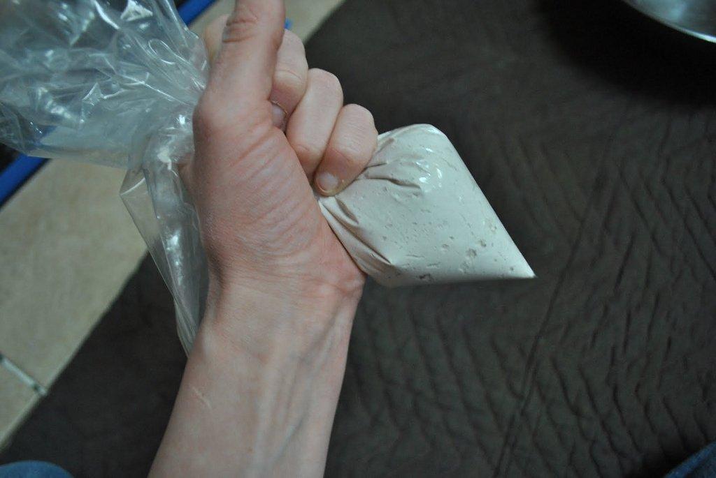 пакет с затиркой для межплиточных швов
