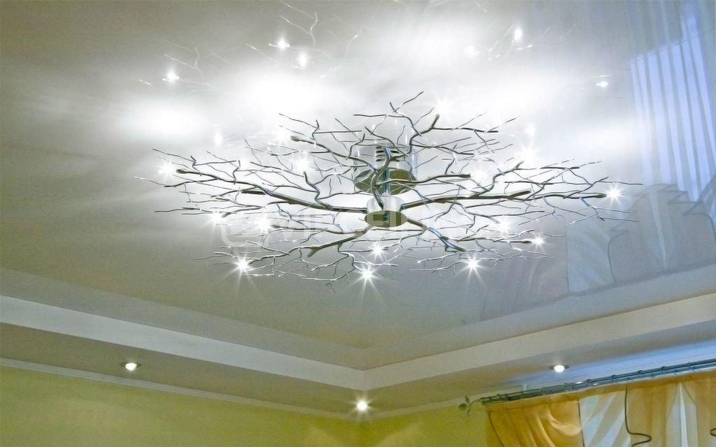 люстра для глянцевого потолка