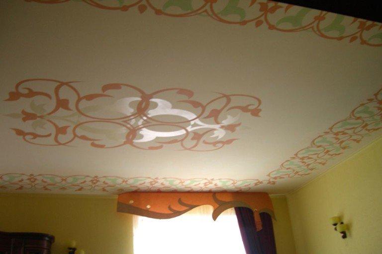 Как сделать рисунок на потолке своими руками 98