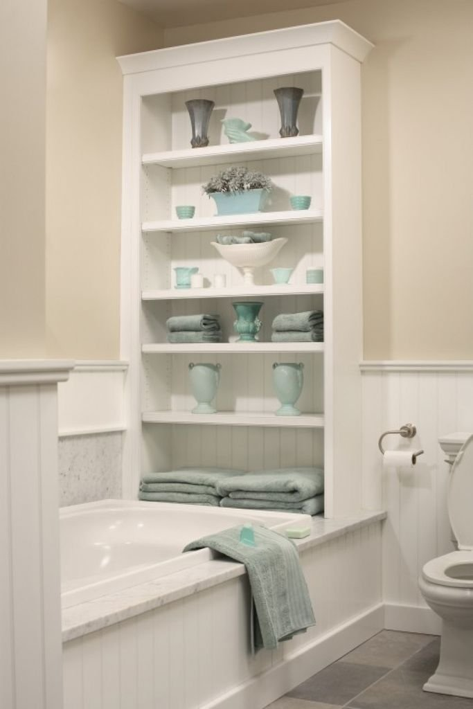 шкафчик над ванной