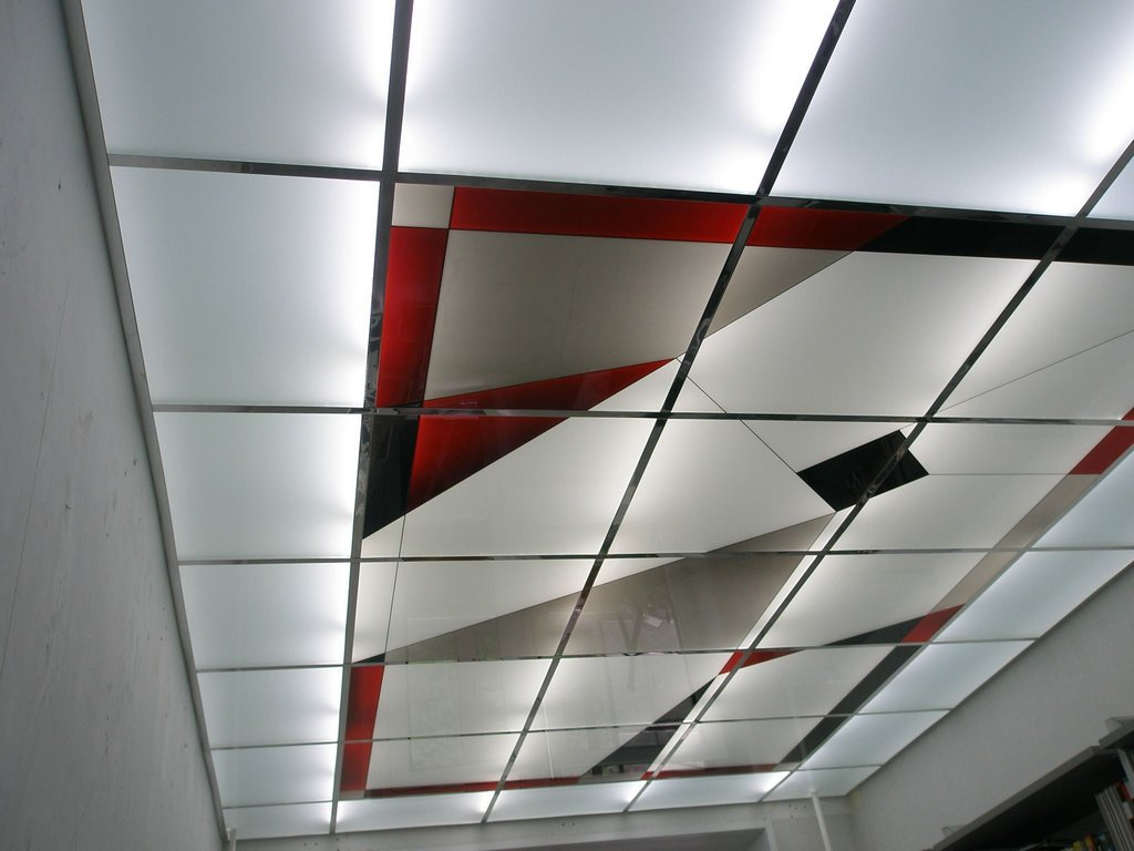 Возможности дизайна потолка армстронг
