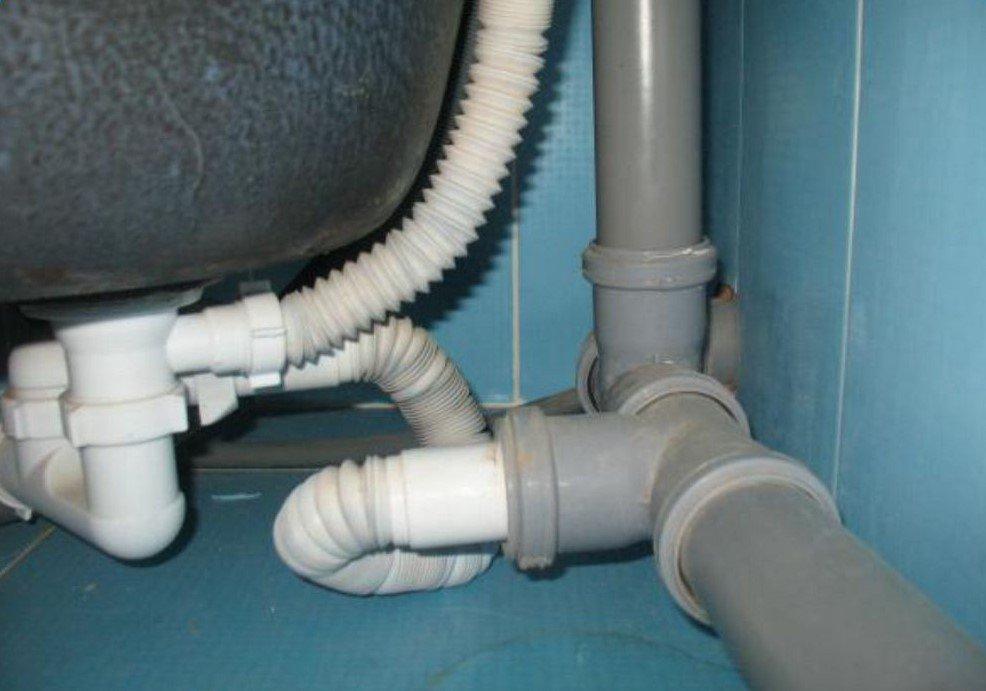 система труб канализации