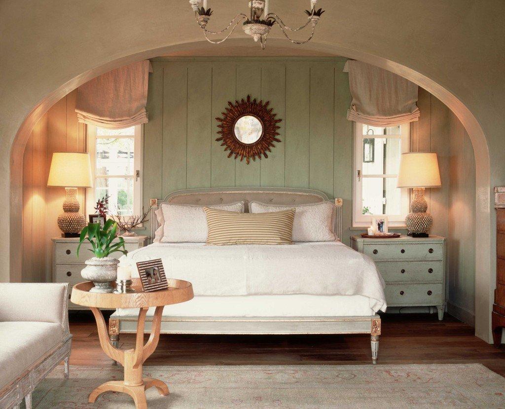 Комната с аркой