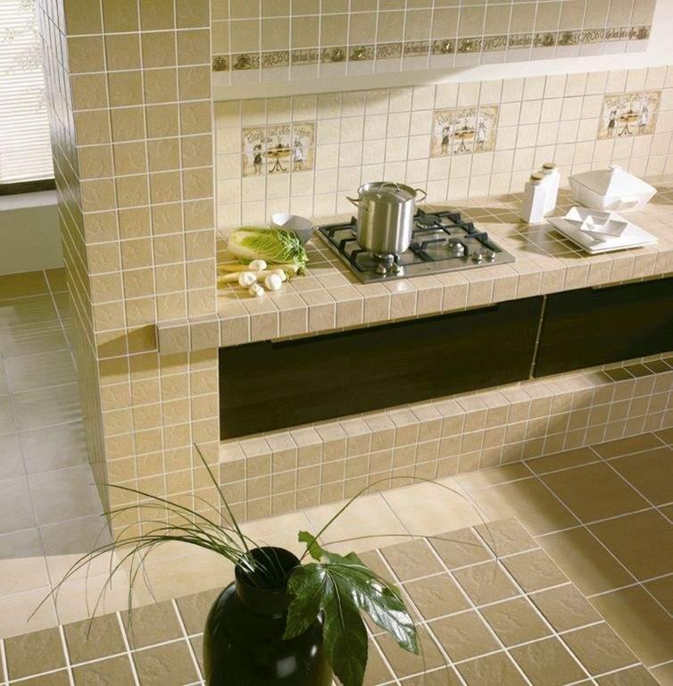 Плитка на кухне может присутсвовать не только в качестве фартука