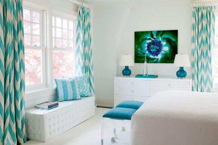 Оформляем окно в спальне