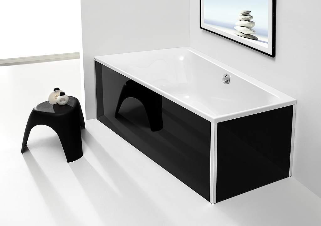Экран для ванной из черного стекла