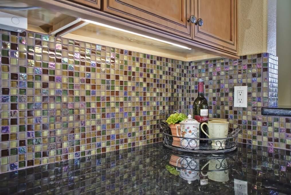 Керамическая мозаика для кухонного фартука