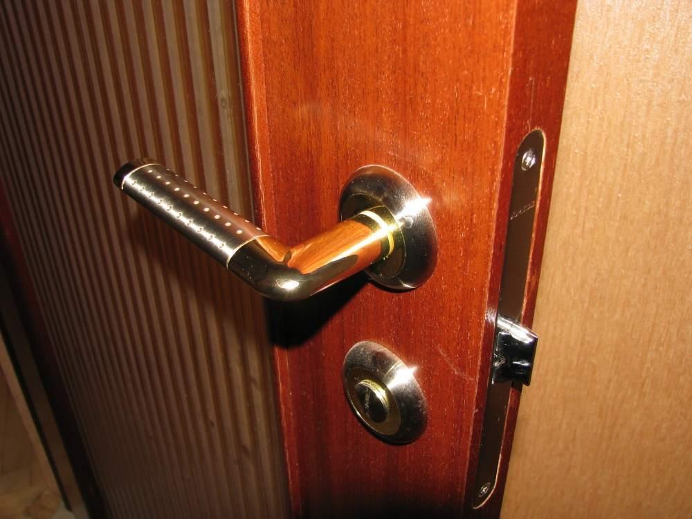 Осматриваем межкомнатные двери