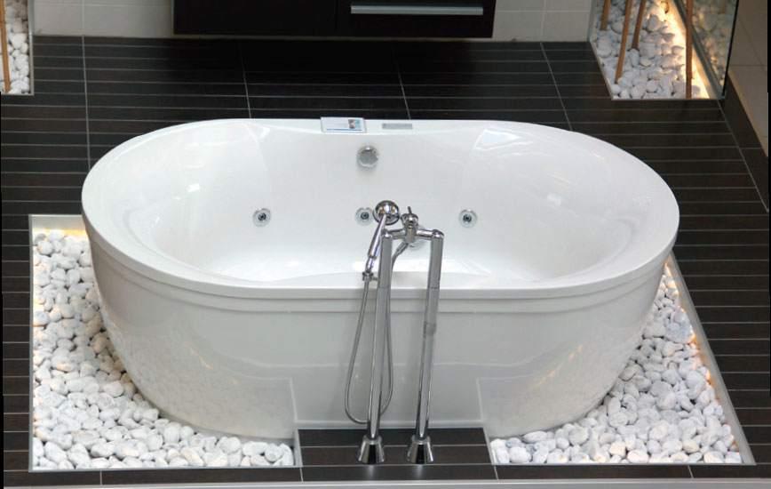 Овальная ванна из акрила