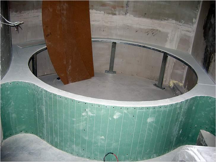 Установка гипсокартонного экрана для круглой ванны