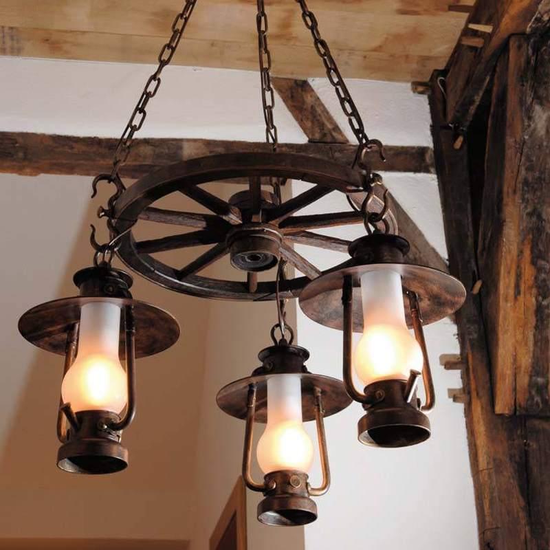 Эффективный светильник в стиле кантри