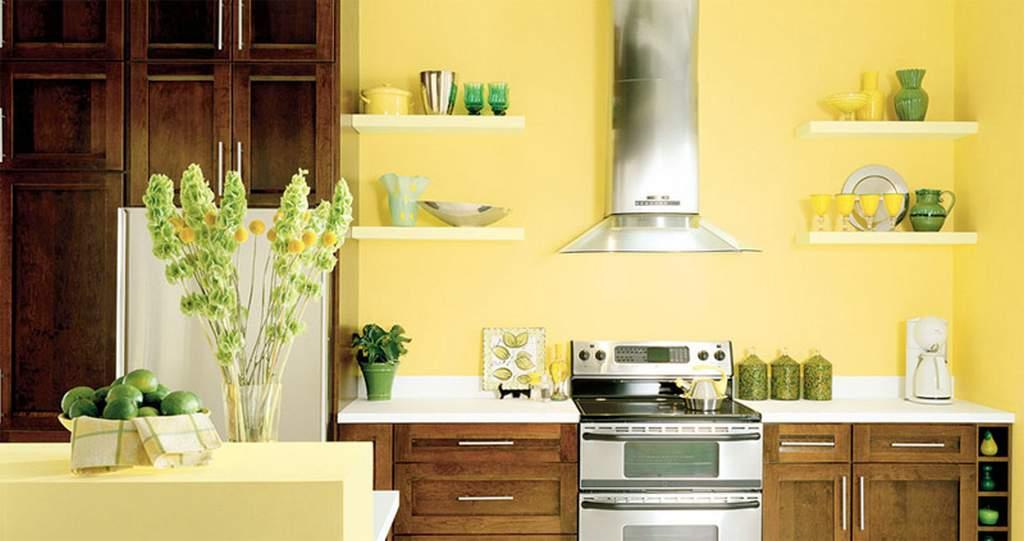 Маленькая кухня должна быть светлой