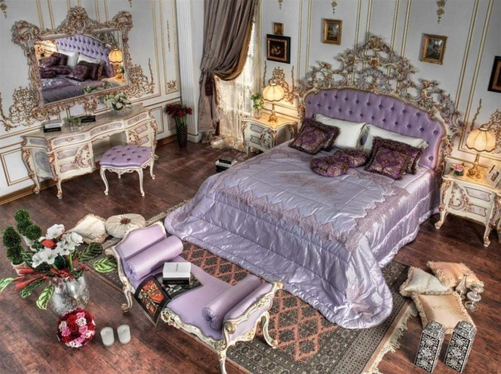 Рококо в спальне