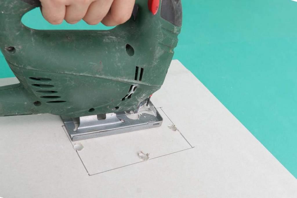 Использование электролобзика для разрезания ГКЛ