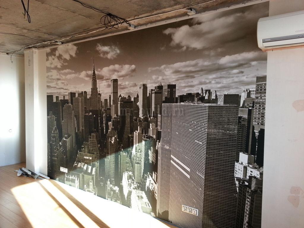 Фотообои на стене