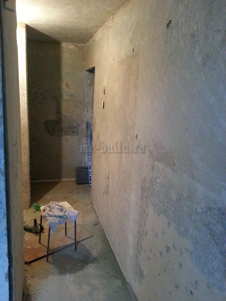 Коридор: зачистка стен