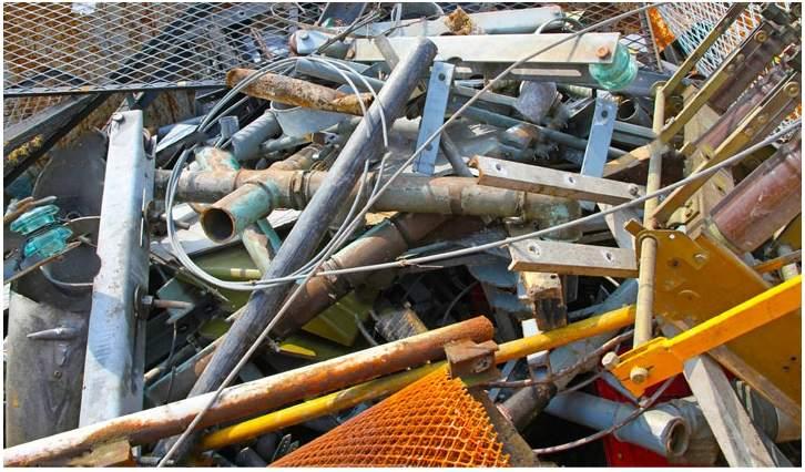 Крупногабаритные строительные отходы
