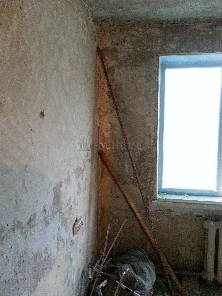 Кухня: завершенная зачистка стен