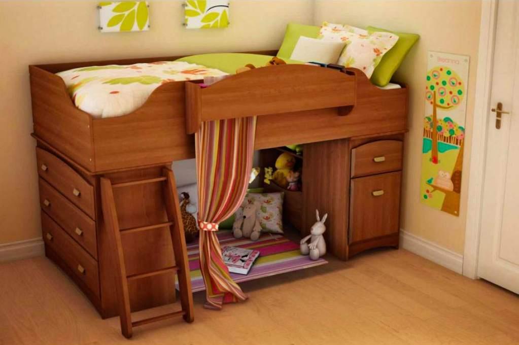 Мебель из массива в детской