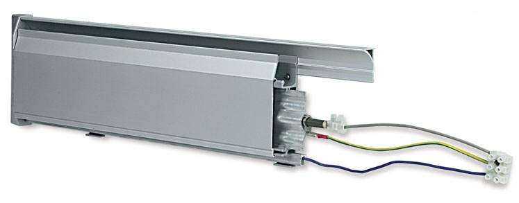 Электрический плинтусный обогреватель