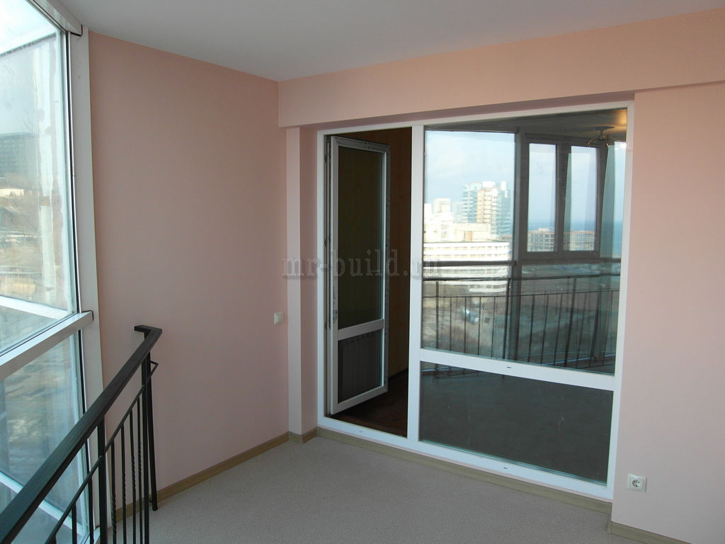 Покрашенный балкон