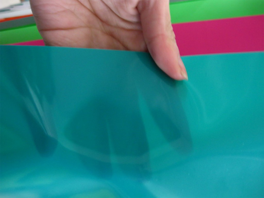 Поливинилхлоридная пленка для натяжных потолков