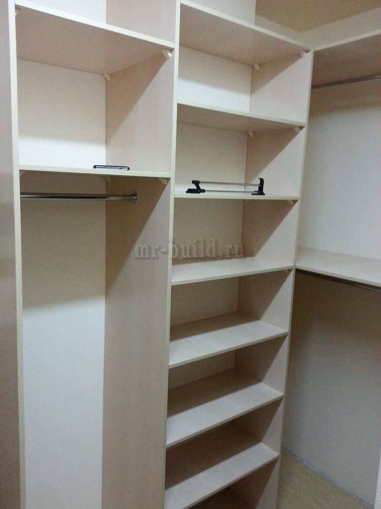 Установленная мебель