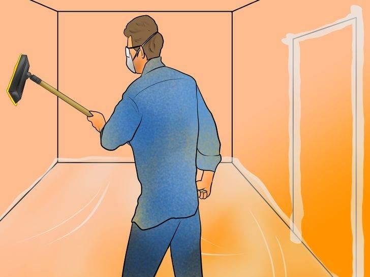 Очистка стены от пыли перед покраской