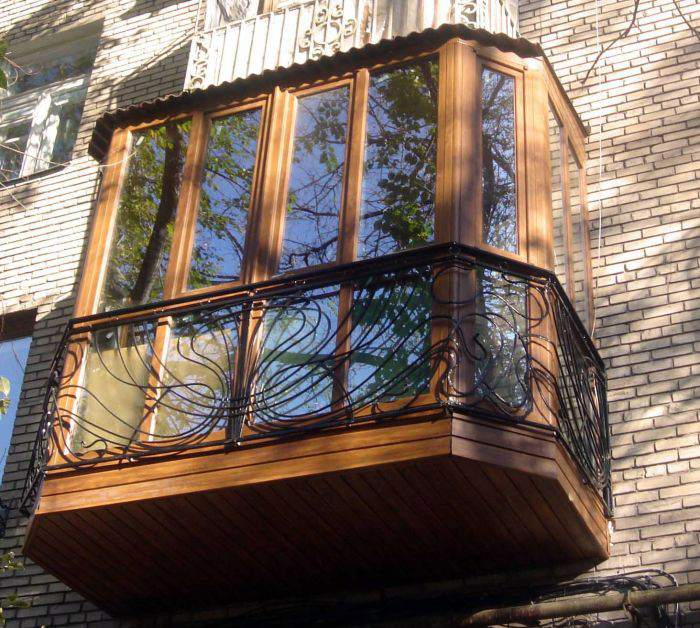 Тонировка панорамного стекла на балконе