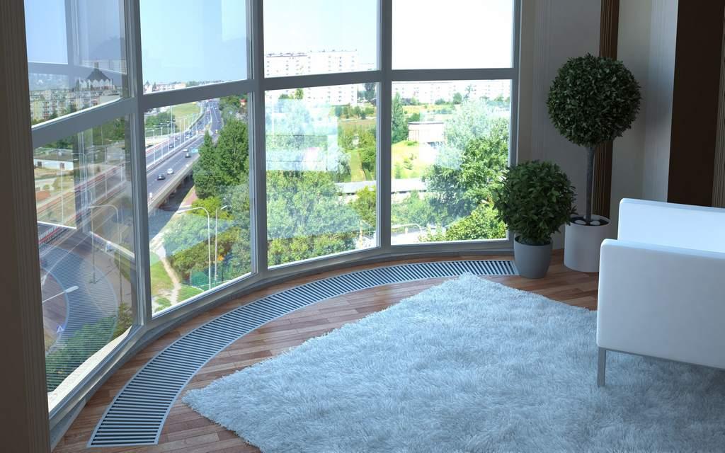 Внутрипольный конвектор под панорамным окном