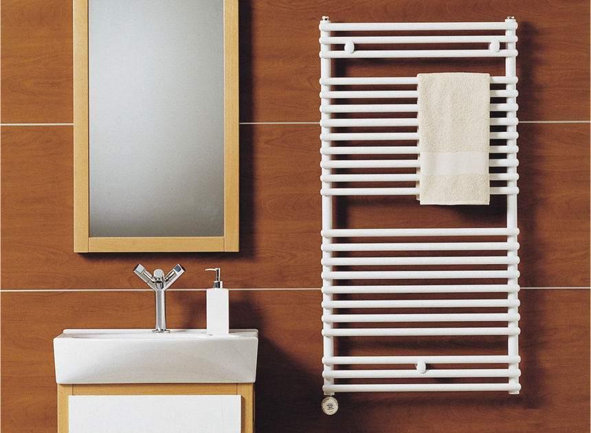 Использование прямых труб в дизайне электрического полотенцесушителя