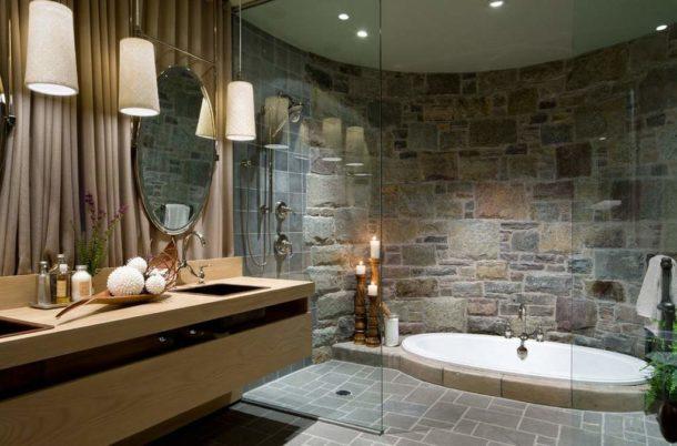 Прекрасно выглядит ванная, отделанная натуральным камнем