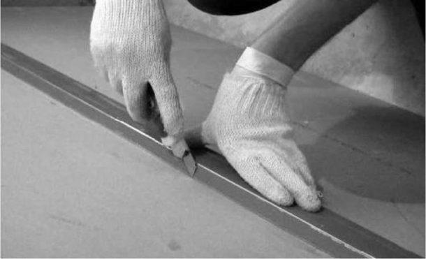 Раскрой ГКЛ с помощью строительного ножа