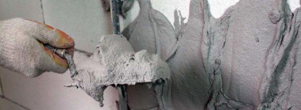 Цементная штукатурная смесь пригодится при ремонте на кухне и в санузле