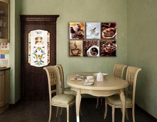 Выразительное изображение, выделяющееся на фоне спокойной мебели