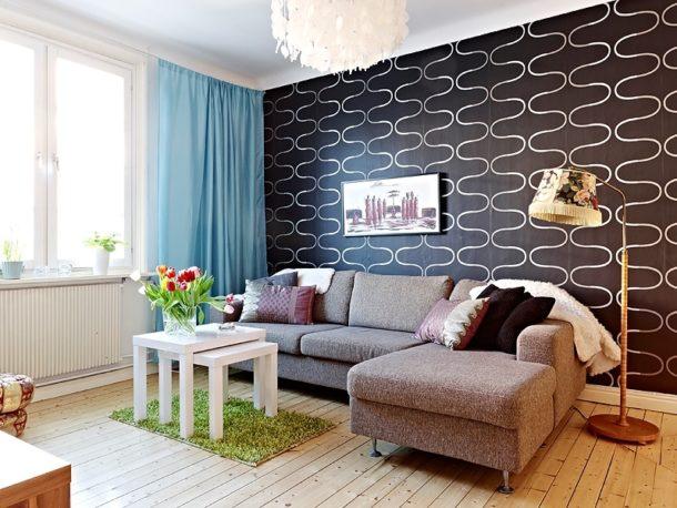 Декорирование стены за диваном