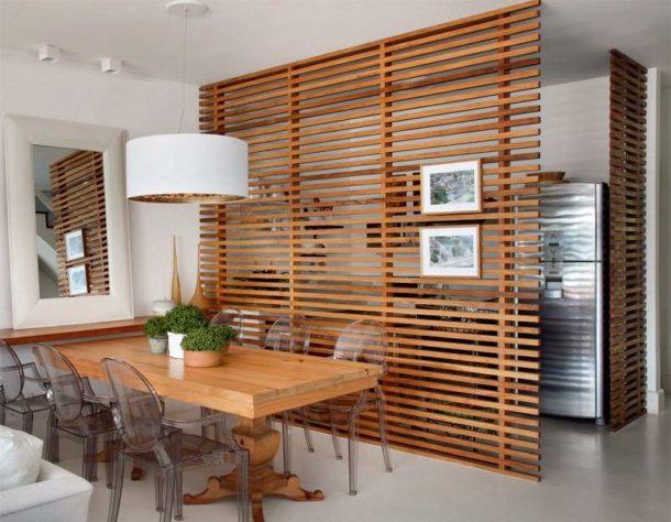 Перегородки из дерева для зонирования комнат