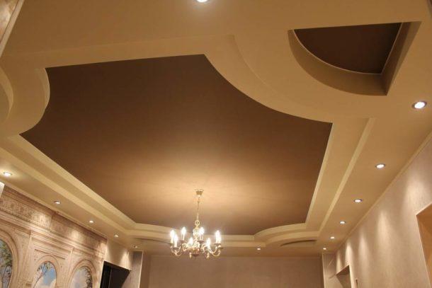 Матовый вариант подходит для гостиных с хорошим естественным освещением
