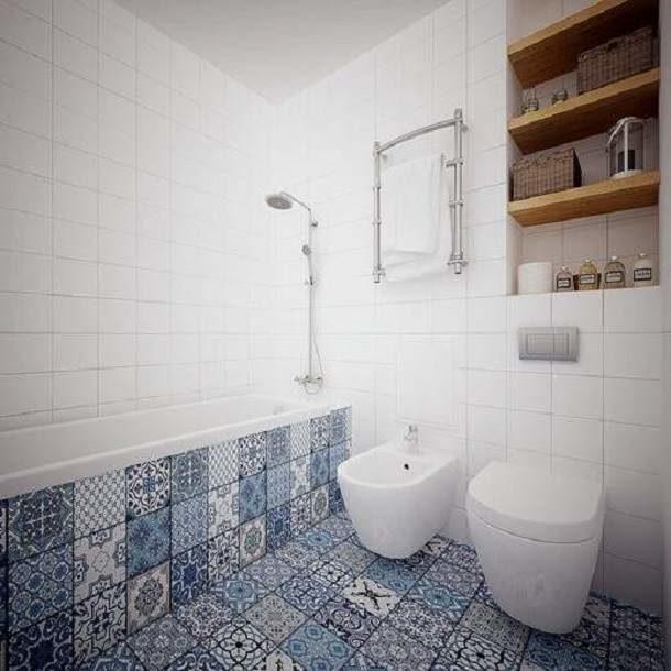 Плитка с характерным орнаментальным узором подойдет для отделки пола и экрана ванны