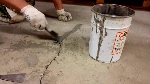 Заделывать трещины нужно правильно, чтобы не допустить дальнейшего разрушения