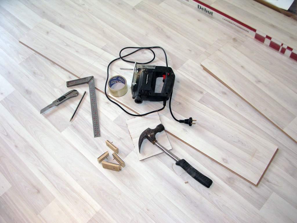 Правильный ремонт: как отремонтировать пол