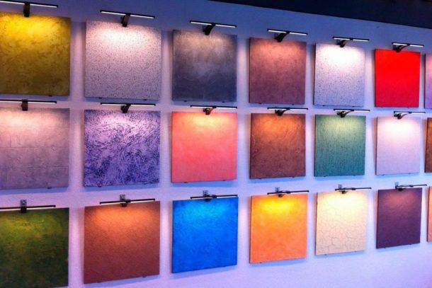Декоративные краски различаются по составу и наличию дополнительных компонентов